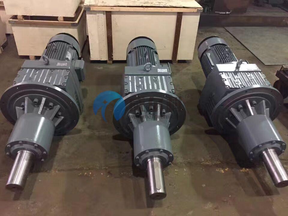 玖龙纸业订购我司非标减速机9台,维修十吨级减速机一台